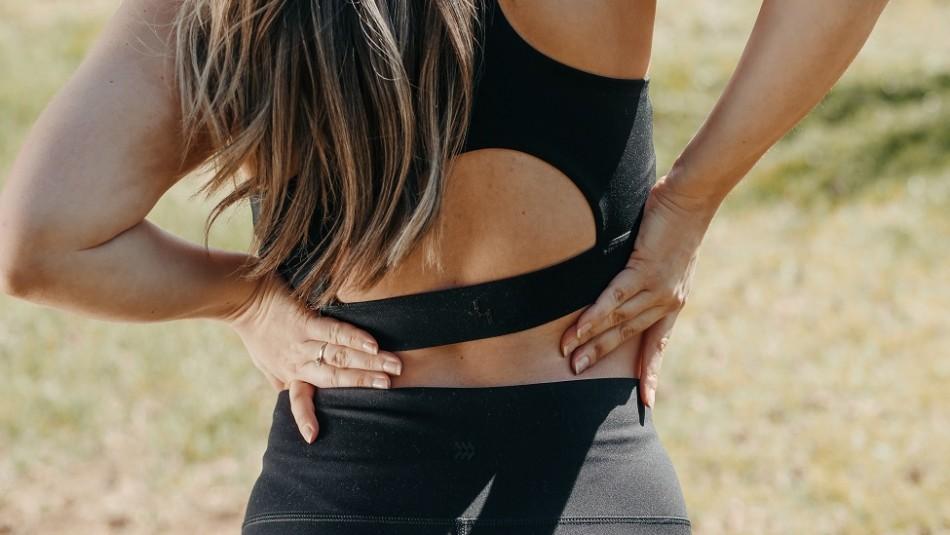 Una mujer acude al hospital por un dolor de espalda y le diagnostican cáncer en etapa 4