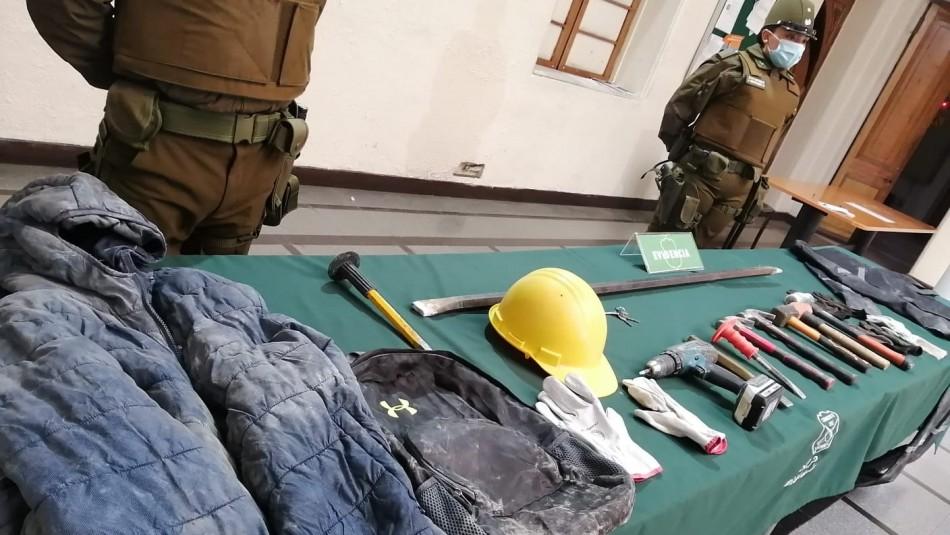 Realizaban forado: Detuvieron a tres hombres que intentaban robar casa de cambios en Santiago