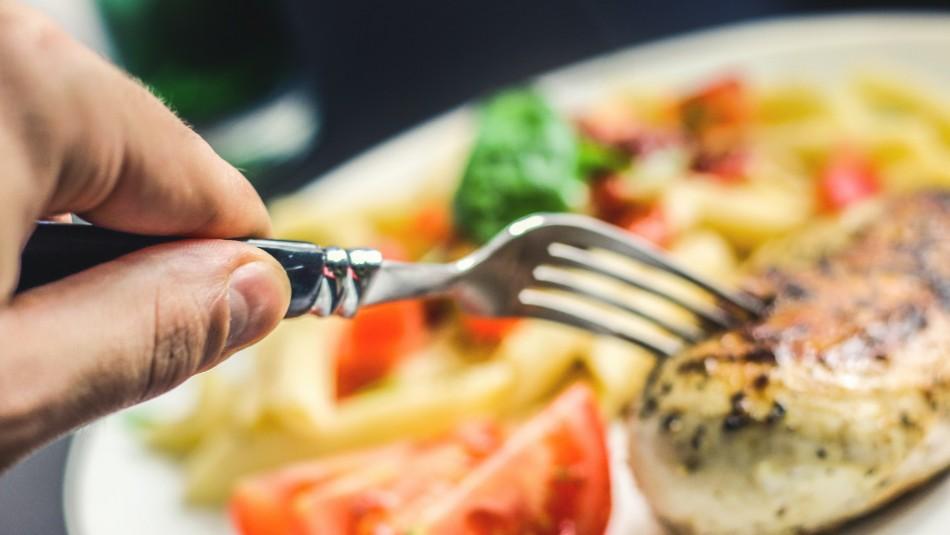 Una mujer canadiense sufrió un infarto cerebral y perdió el apetito por más de un año
