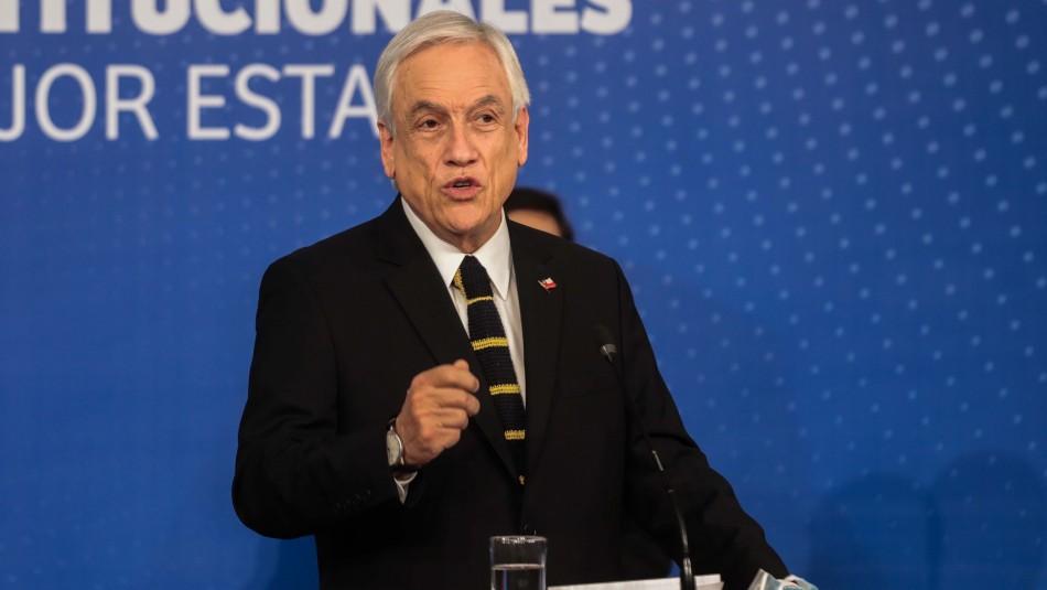 Piñera afirma que los bonos ayudan