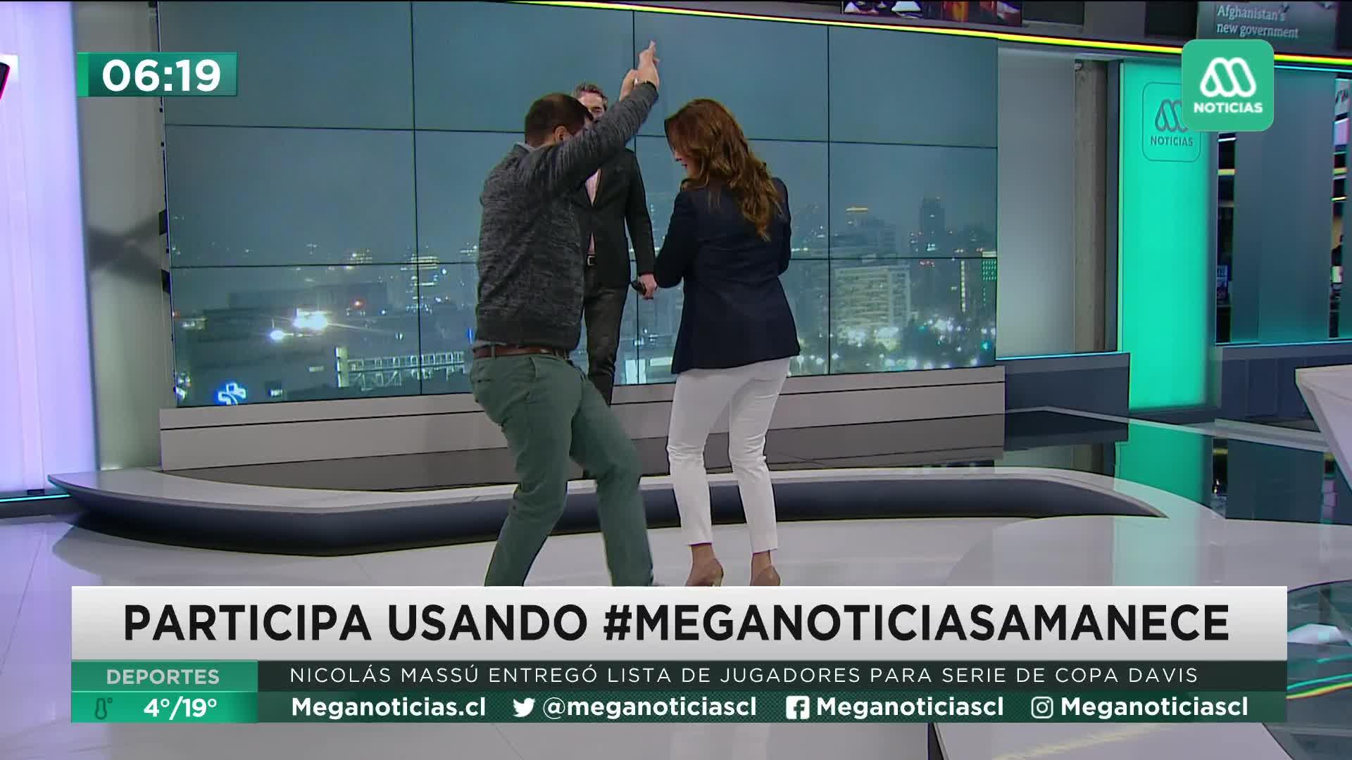Priscilla Vargas bailando cueca