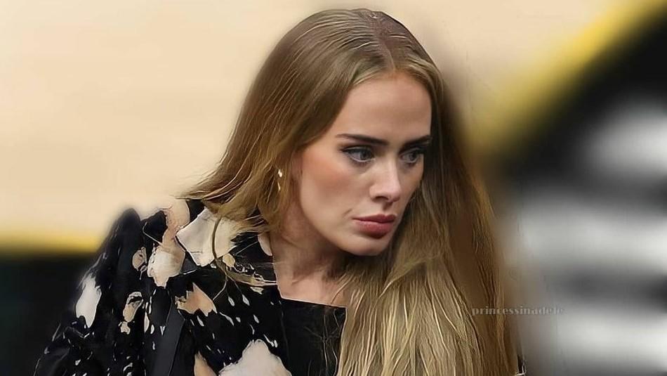 Adele se luce con un audaz outfit al salir a una cena romántica con su nuevo novio