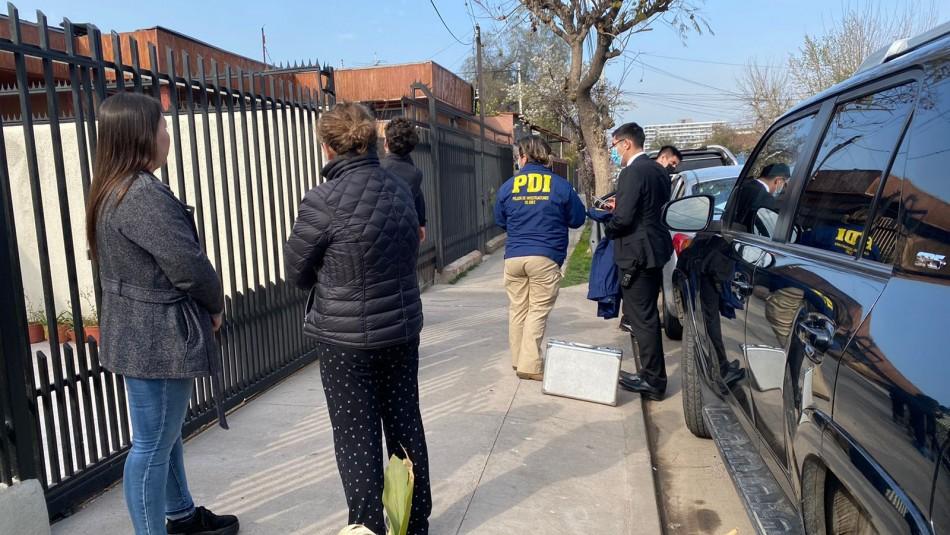 Asaltantes amenazan y golpean a pareja e hijos de 3 y 5 años en robo a un domicilio en San Miguel