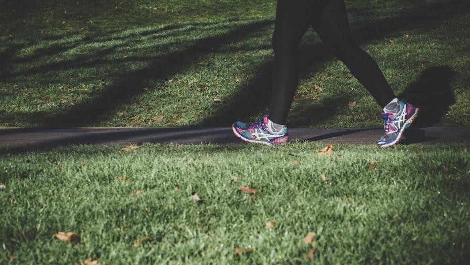 ¿Son 10 mil? Conoce la cantidad de pasos que debes caminar al día para estar sano