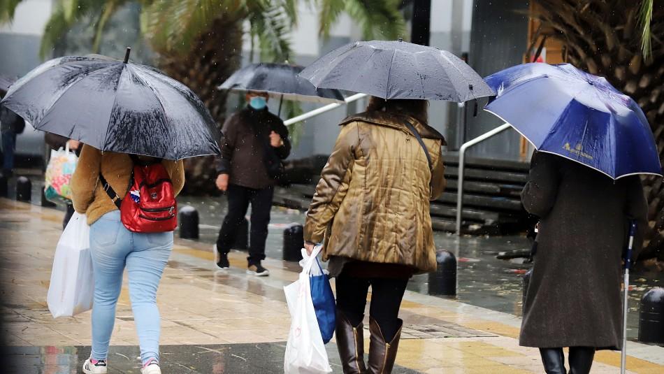 Emiten aviso por posibles tormentas eléctricas y granizos entre regiones de Valparaíso y Aysén