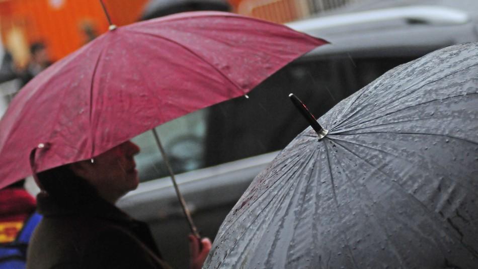 Meteorólogo Jaime Leyton anuncia temporal de viento y lluvias: Diez regiones se verán afectadas hasta el lunes