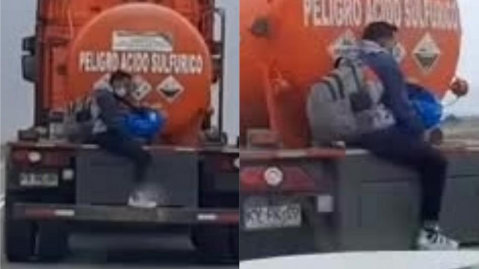 Video muestra a migrante irregular que se traslada en un camión de sustancias peligrosas