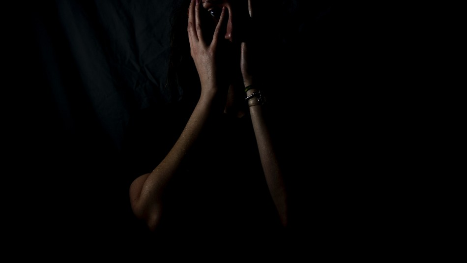 A 12 años de prisión fue condenada funcionaria de Aduanas por torturar y abusar de mujeres extranjeras