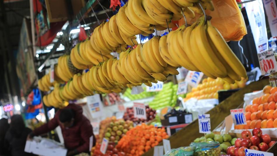 ¿Es Chile un país caro para vivir?: Economista entrega las razones del alza de precios