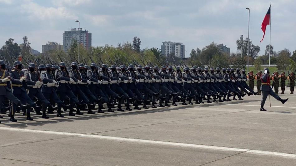 Parada Militar 2021 estuvo marcada por homenaje a personas que han combatido el Covid-19