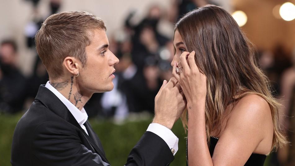 Esposa de Justin Bieber niega supuestos maltratos de parte del cantante: