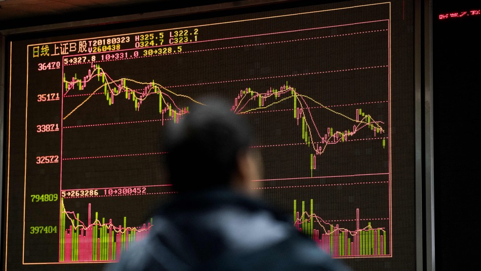 Desplome en las bolsas de Asia por temores a una quiebra del inmobiliario chino Evergrande