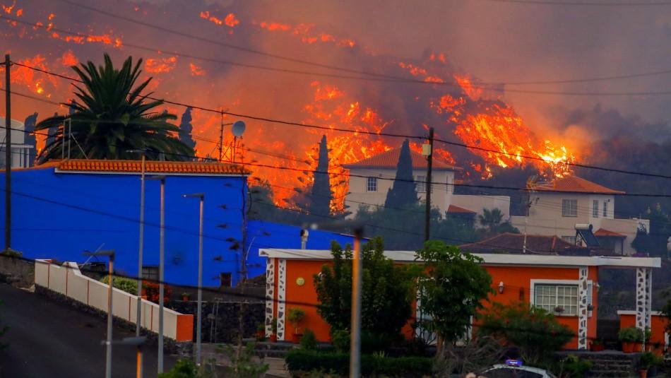 ¿Llegará al mar? Lava del volcán de las Canarias pierde velocidad pero mantiene capacidad destructiva