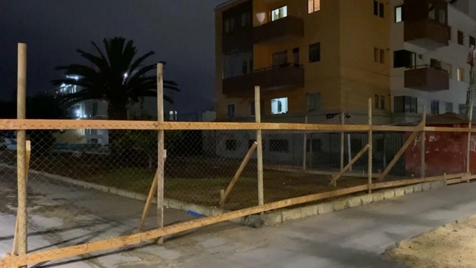 Plaza Brasil de Iquique fue cercada tras desalojo de migrantes