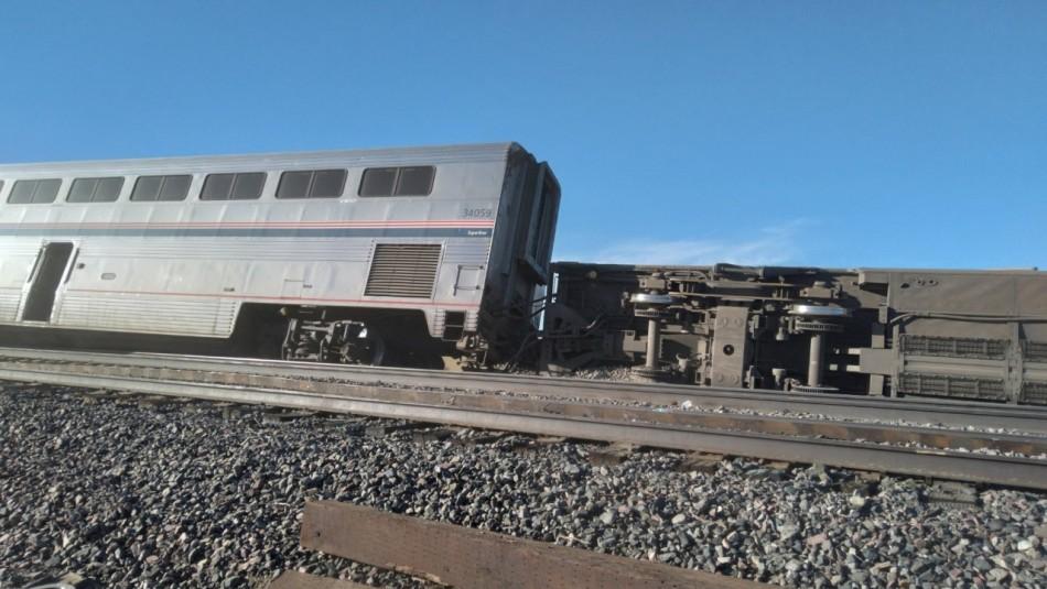 Tres fallecidos y más de 50 heridos tras descarrilamiento de tren en Estados Unidos