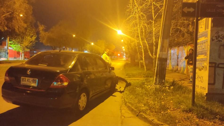 Conductor en estado de ebriedad chocó contra un poste de luz y dejó 100 casas sin electricidad en Peñalolén