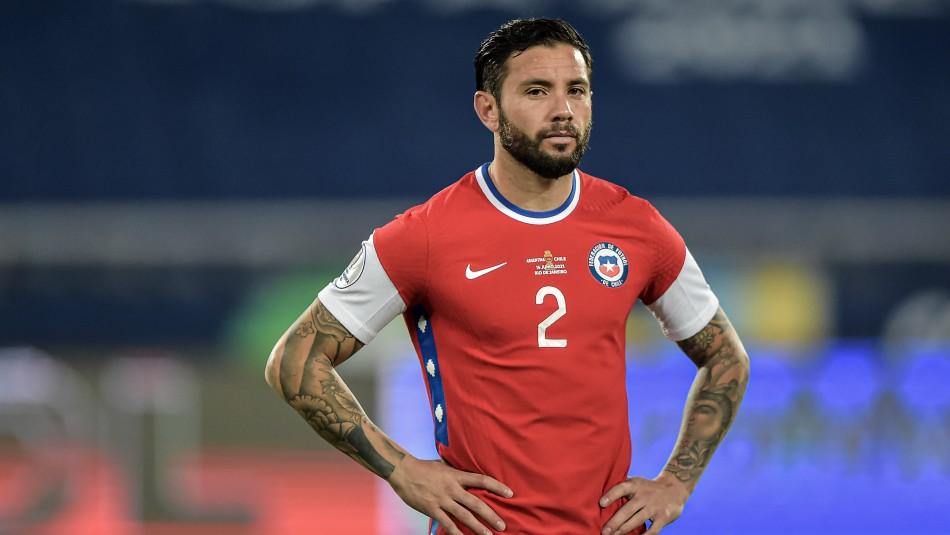 Alarma en La Roja: Eugenio Mena fue liberado de la citación de la Selección Chilena