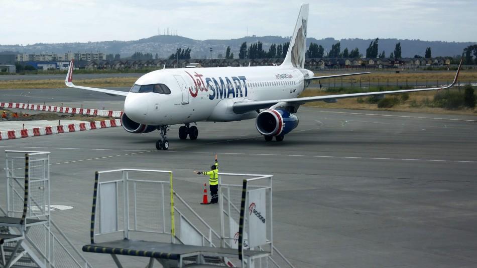 Avión que iba de Santiago a Colombia presenta fallas y debe aterrizar de emergencia en Iquique
