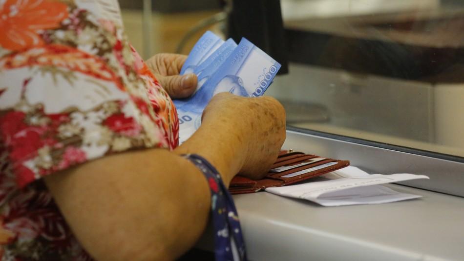 Ley corta de pensiones: Comisión aprueba recalcular la tabla de mortalidad de 110 a máximo 85 años
