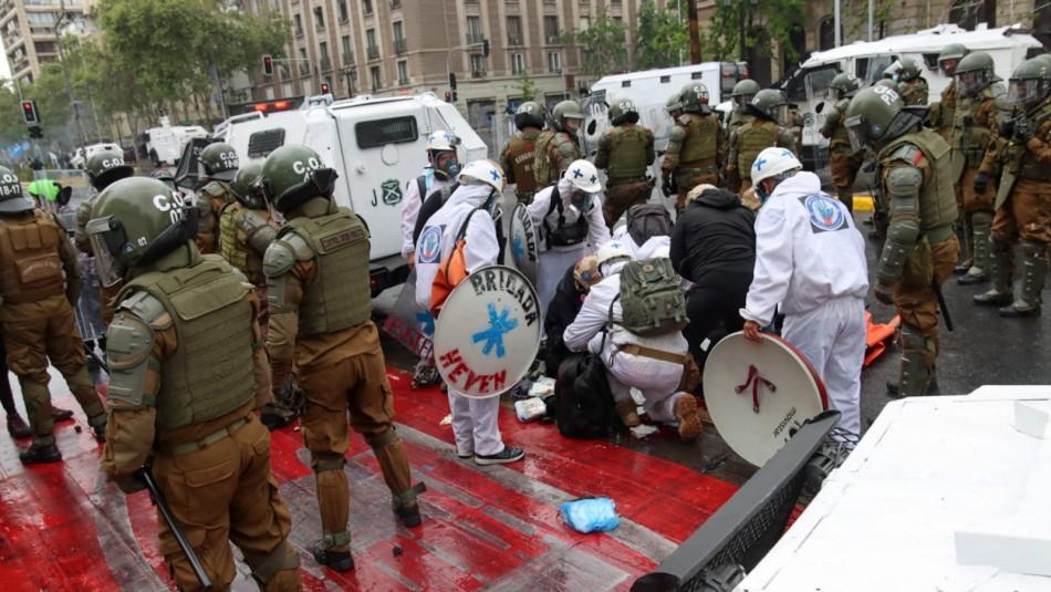 Falleció mujer que fue herida este domingo durante marcha en el centro de Santiago
