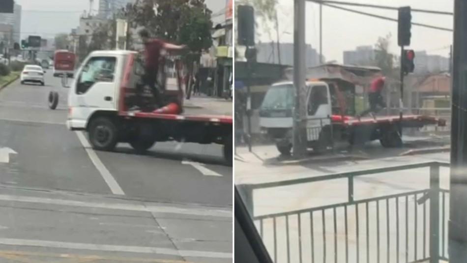 [VIDEO] Accidente de tránsito termina en pelea: Hombre se subió a un camión para golpear al conductor que chocó su auto