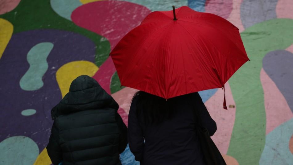 Lluvia en Santiago de este jueves: horario y sectores de la Región Metropolitana donde caerá agua