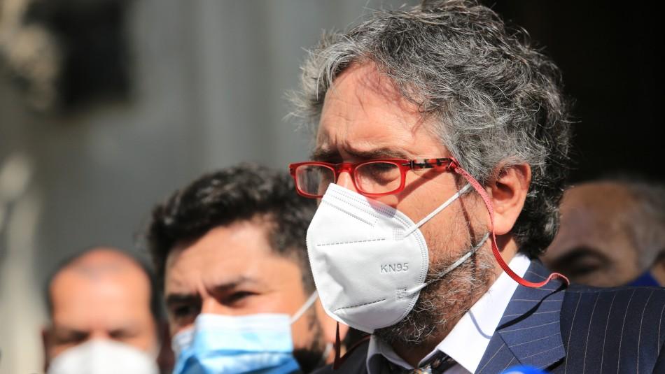 Alcalde de Huechuraba se encuentra hospitalizado por coronavirus: Recibe muestras de solidaridad